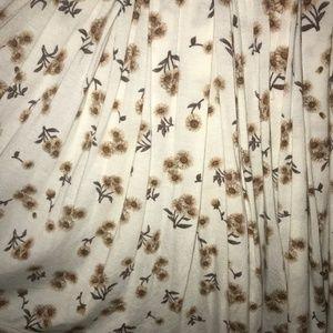 Brandy Melville Skirts - 4/$25 Brandy Melville sunflower printed mini skirt